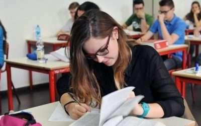 Metodo di studio per il liceo: le tecniche da usare a scuola e a casa